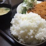 さかい食堂 - ご飯てんこ盛り‼️これで1000円