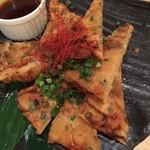 俺の魚を食ってみろ!! 神田本店 - 海鮮ちぢみチーズ焼き
