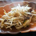 浅黄 - モヤシと炒麺