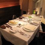 レストラン ブルーシエル - こじんまりした空間が心地よいお店。