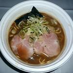 36150309 -                        【濃厚たまり醤油仕立ての煮干鶏白湯】¥800