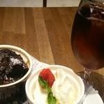 36150510 - ケーキセット750円  フォンダンショコラとアイス