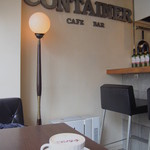 コンテナ カフェ&バー - 窓辺のお席*