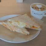 Caffice - ホットサンドとカフェラテで¥1100