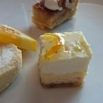 36153797 - ダブルチーズケーキ。濃厚で美味しい~!