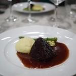 ビストロ キフキフ - 国産牛ハバキ(外モモ肉)の赤ワイン煮