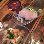 さくら - ミーバイ刺身、木綿豆腐