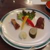 椿道旅館 - 料理写真:前菜 燻製とピクルス