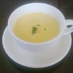 36162741 - 2013年 ランチのコーンスープ。おかわりしたい位美味しかった!