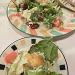 Makaronishokudou - 温泉卵のシーザーサラダ
