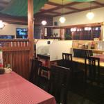 キッチン男の晩ごはん 女の昼ごはん - 和風な店内