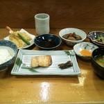 郷土料理 おば古 - ランチ(8品)