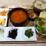 36188092 - 具沢山スープと玄米の健康晩ご飯