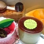 洋菓子工房ケイキチ - 料理写真:<2015年3月>洋菓子工房ケイキチ 購入したケーキ♪ fromグリーンロール