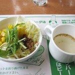 センターリバー - この日のスープはテールスープ