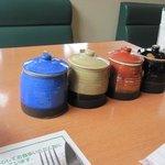 センターリバー - ソースは醤油ベース3つと塩ベースの4種類から選べます。
