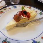 ホットポット - チーズケーキ・プレーン¥350