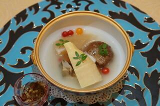 トゥ・ラ・ジョア - 合馬筍と海鮮の炊き合わせ