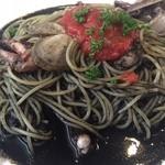 カナダカン - 海鮮イカスミスパゲッティ
