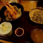蕎麦・天ぷら 権八 -
