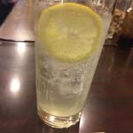 串八 - レモンサワー