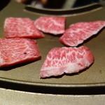 甍 - 牛バラ陶板焼き