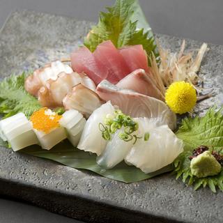 『三河産お刺身』など、お客様を名古屋名物でおもてなし
