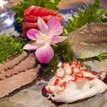 近海魚のお刺身盛り合わせ
