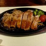愛運幸 - メニュー2:豚肉の鉄板焼