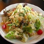 バンザイカフェ - ツナチーズサラダ クリームチーズの入ったマヨネーズ仕立てのサラダです。