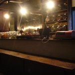 chinese cafe 茶林香 - とっても落ち着く掘りごたつ式カウンター。