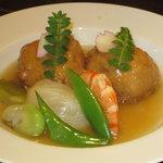 味彩 - 鶏とかぶの炊き合わせ¥900 季節のメニューおススメの一品です。
