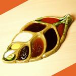 串揚げ 依知川 - その他写真:オリジナルのたれ皿。
