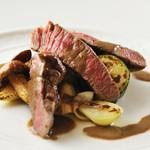 肥後赤牛フィレ肉のグリッリア 季節の素焼き野菜添え