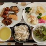 アズイン 東近江能登川駅前 - 朝食バイキング