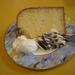 cafe PATIO - セットのシフォンケーキ