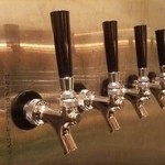 ヒンメル - クラフトビール  10種  のサーバー