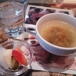 36237935 - ランチのピクルスとスープ