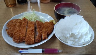ほし野 - 2015.3.25。とんかつ定食(ご飯大盛)500円