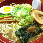○寅 麺屋 山本流 - こってりラーメン(大盛)