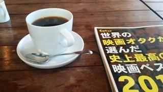 カフェ アノニマ