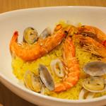 4 Seasons LDK - 魚介のパエリア(大きめ)¥1480