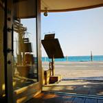 36243640 - 玄関から見た七里ケ浜の海
