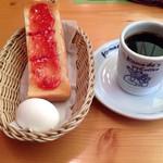 コメダ珈琲店 - ブレンドコーヒーにモーニングサービス