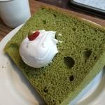 cafe コメマメイモ - 米粉の抹茶シフォン
