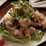ギリギリ カフェ - ギリギリ・チキンフライ(鶏の唐揚げ 燻製チリマヨネーズソース)