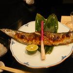 割烹 津乃 - 一番漁獲の特大秋刀魚