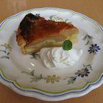 36261959 - ピンクレディーのリンゴタルトのアップ(2015.03)