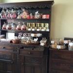 36264006 - クッキーの棚。