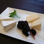 36265892 - チーズ盛り合わせ